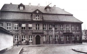 Abb. 14: Das alte Gymnasiumsgebäude öffnete 1937 als Heimatmuseum seine Pforten