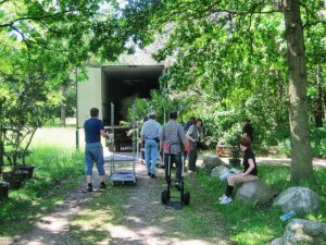 Abb 6: Transport der Kübelpflanzen. - Foto: I. Zachow