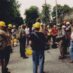 Vor der Einfahrt in den Kalkbruch Rüdersdorf 1992. Foto Chronik der Fachgruppe Geologie-Mineralogie Cottbus.